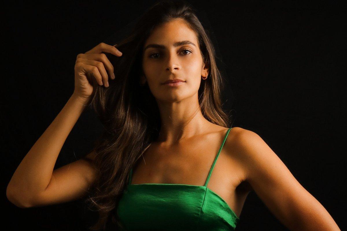 [Atriz brasileira Yasmin Martins Mendes é convidada para o Oscar 2021]