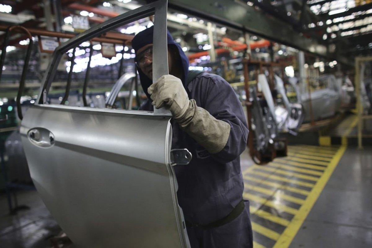 [Índice que mede variação de preços de saídas das fábricas registra inflação de 4,7% em março]