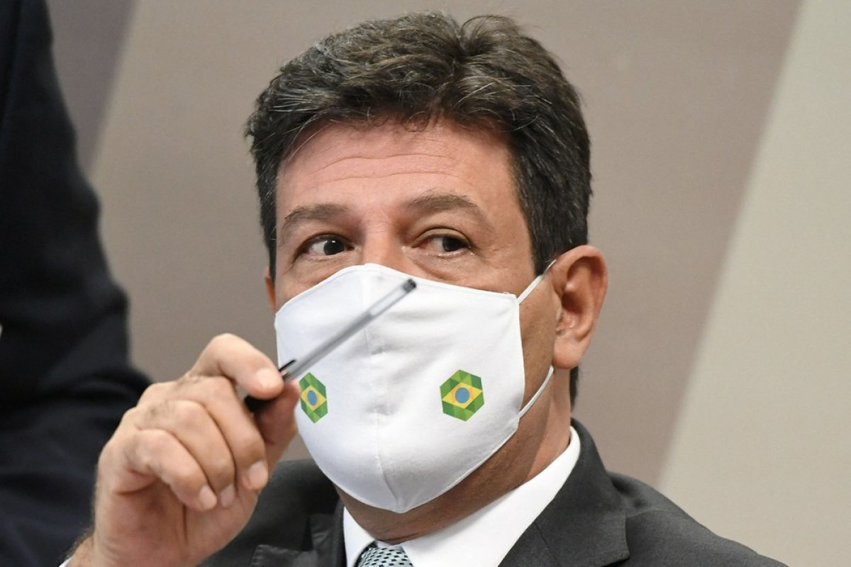[Mandetta sobre explicar descumprimento de medidas por Bolsonaro:
