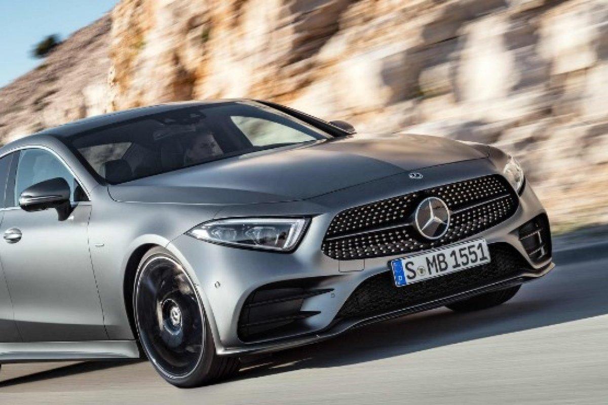 [Novo Mercedes CLS tem sistema híbrido leve e 367cv de potência ]