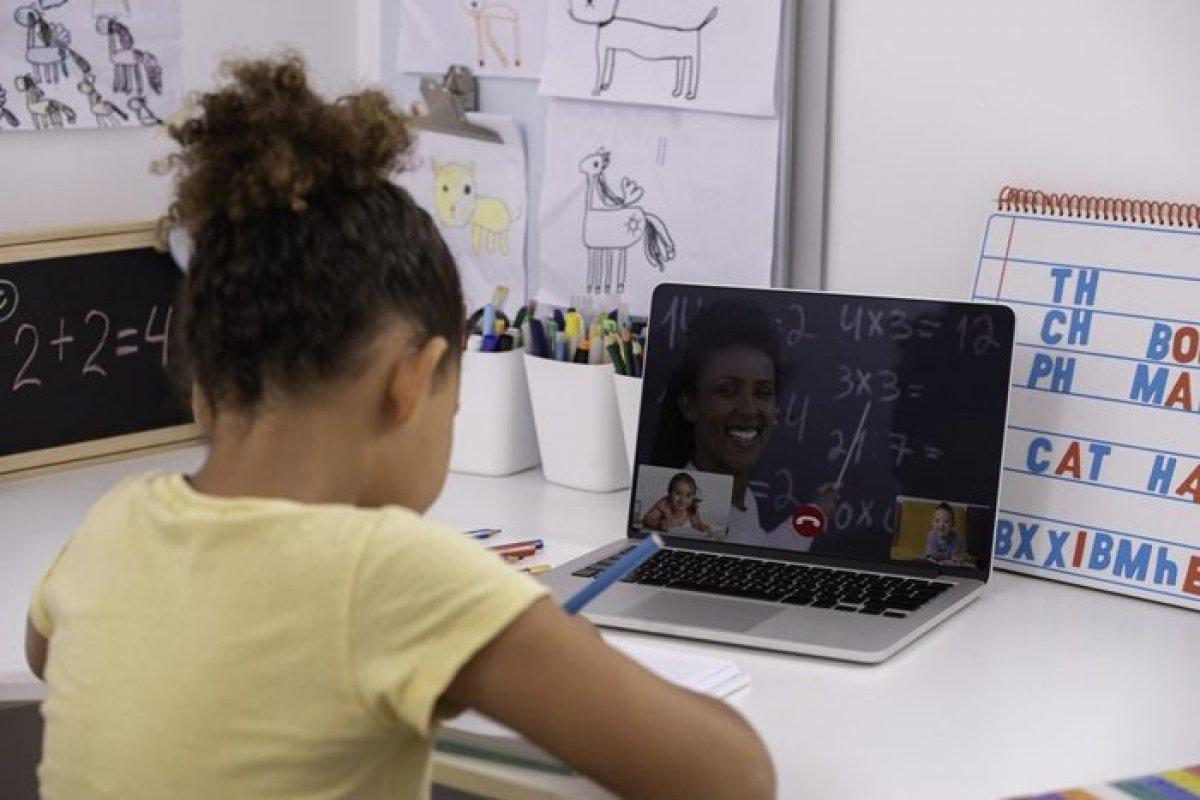 [Aliadas do ensino, ferramentas digitais têm sido imprescindíveis na educação remota]