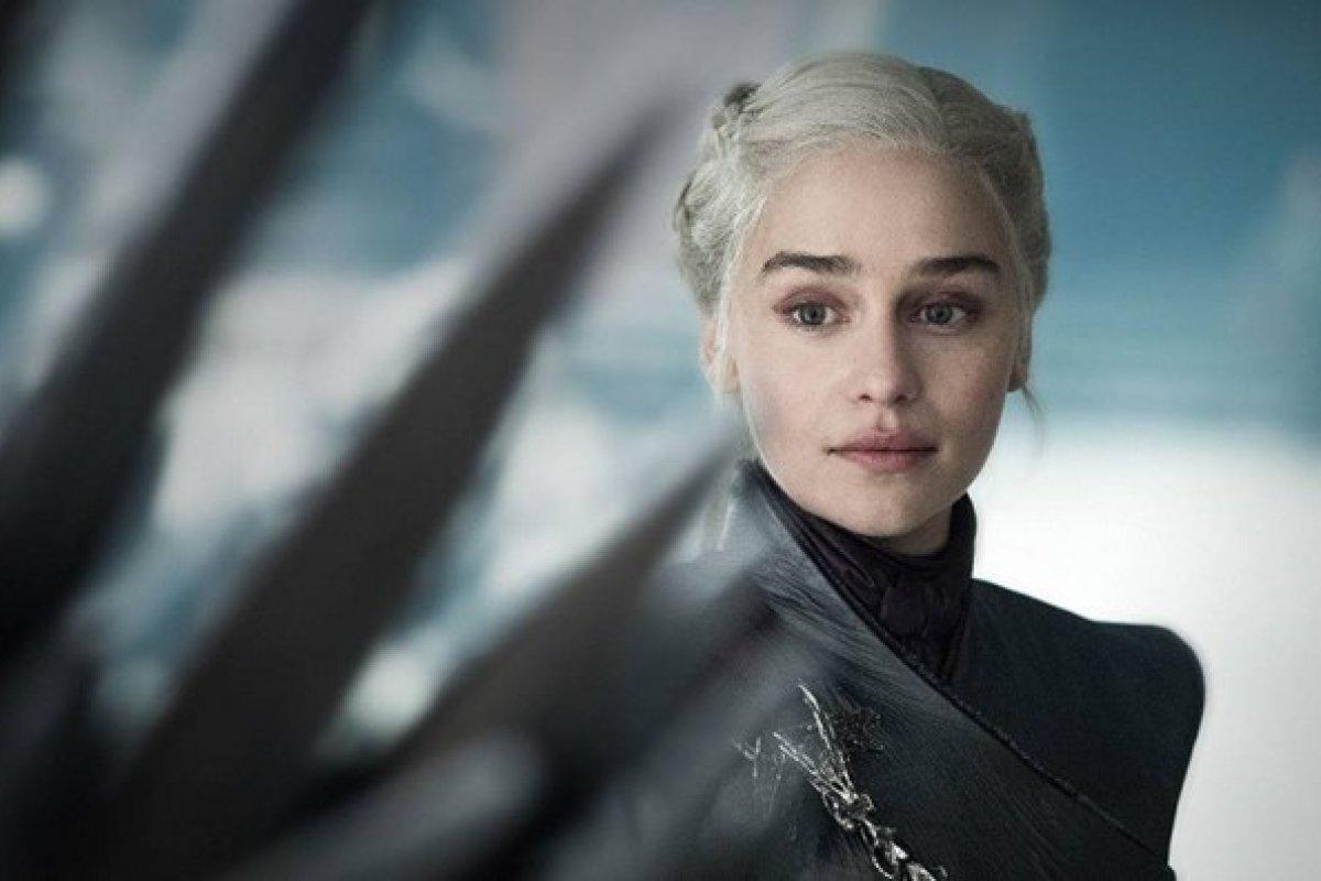 [Atriz de Game of Thrones, Emilia Clarke desabafa sobre final polêmico da série]