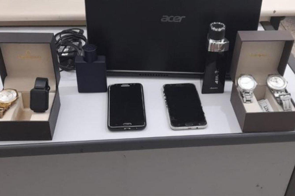 [Preso suspeito de furtar celulares e perfumes em Teixeira de Freitas, sul da Bahia]