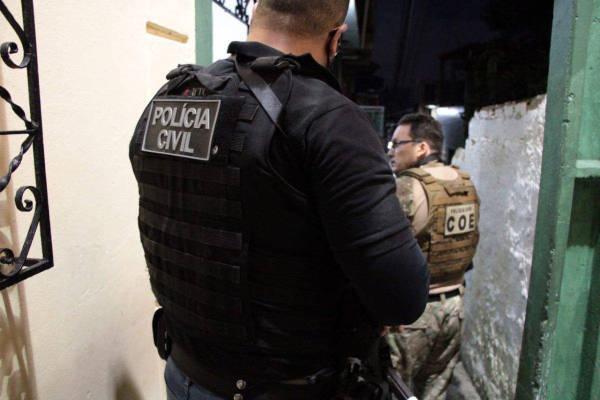 [Quatro acusados de integrar organizações criminosas são presos em Salvador]
