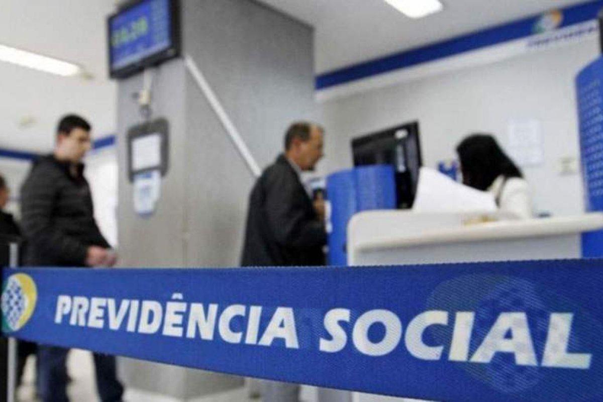 [Bolsonaro sanciona lei que amplia benefício a idosos e pessoas com deficiência]