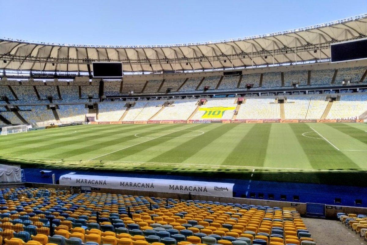 [CBF critica decisão da Conmebol de autorizar presença de torcedores em estádios ]
