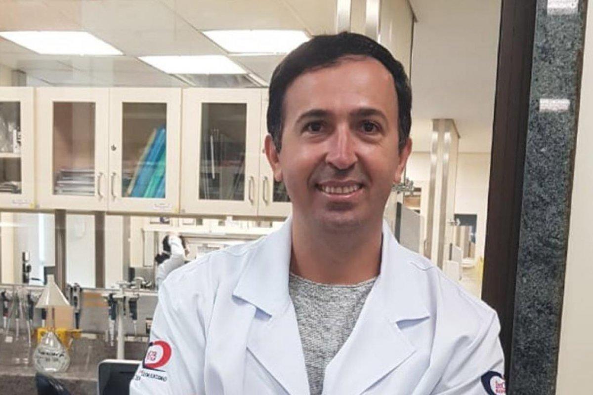 [Cientista baiano é destaque em projeto internacional de vacinas contra a Covid-19]