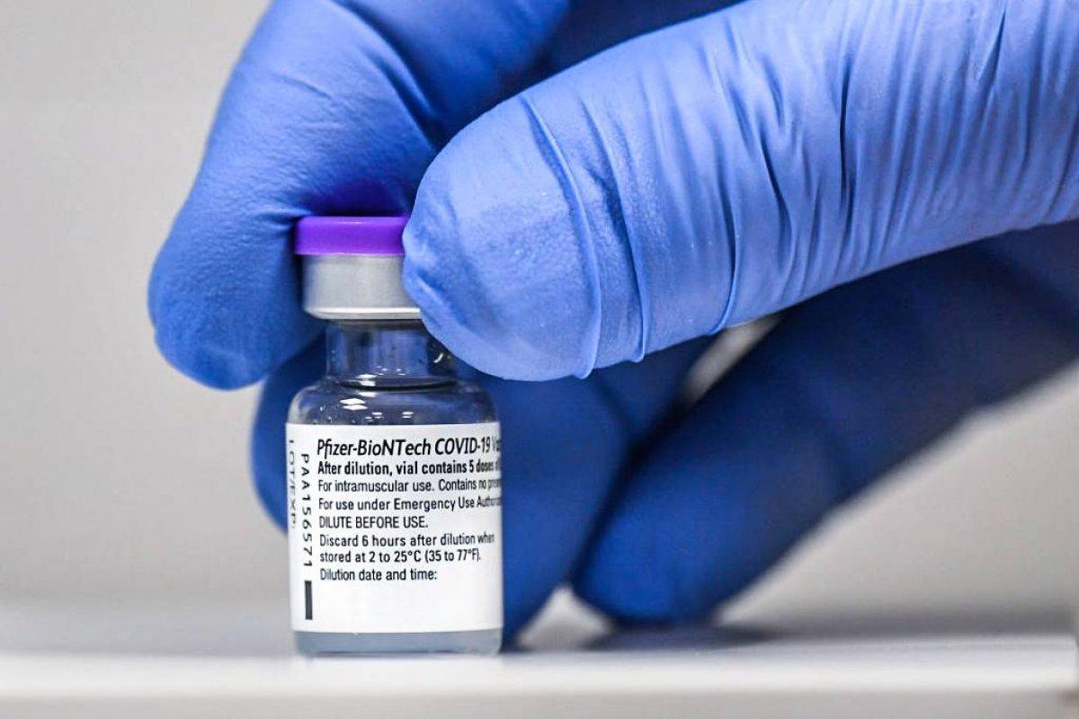 [Pfizet e BioNtech fecham acordo de fabricação de vacinas para o continente africano]