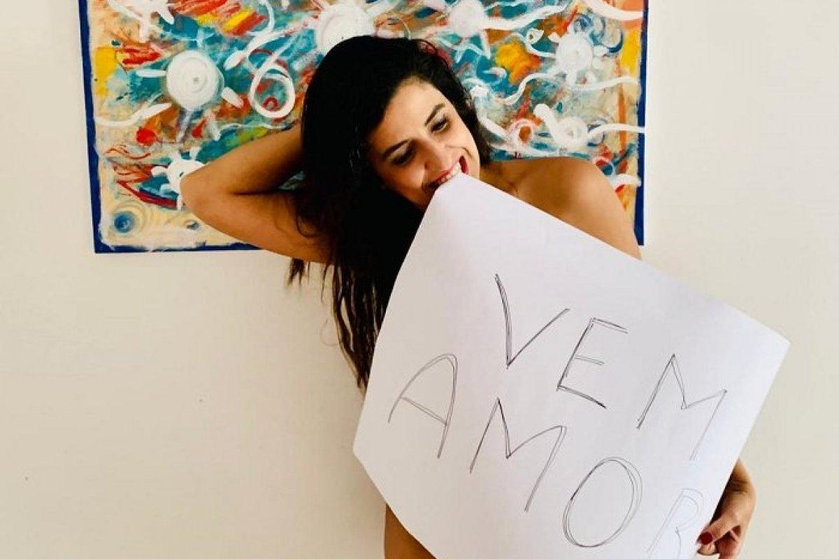 """[""""Vem Amor"""" é o novo single da cantora Tais Nader]"""