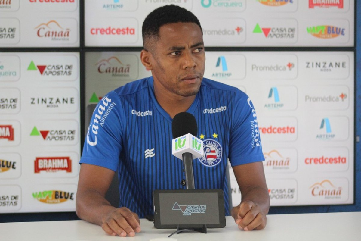 [Ex-jogadores do Bahia entram na Justiça por atraso em pagamento]