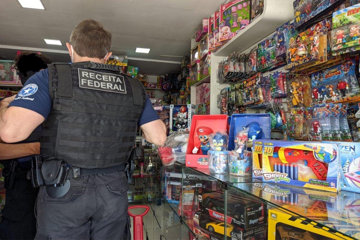 [Receita Federal apreende produtos falsificados em Vitória da Conquista]