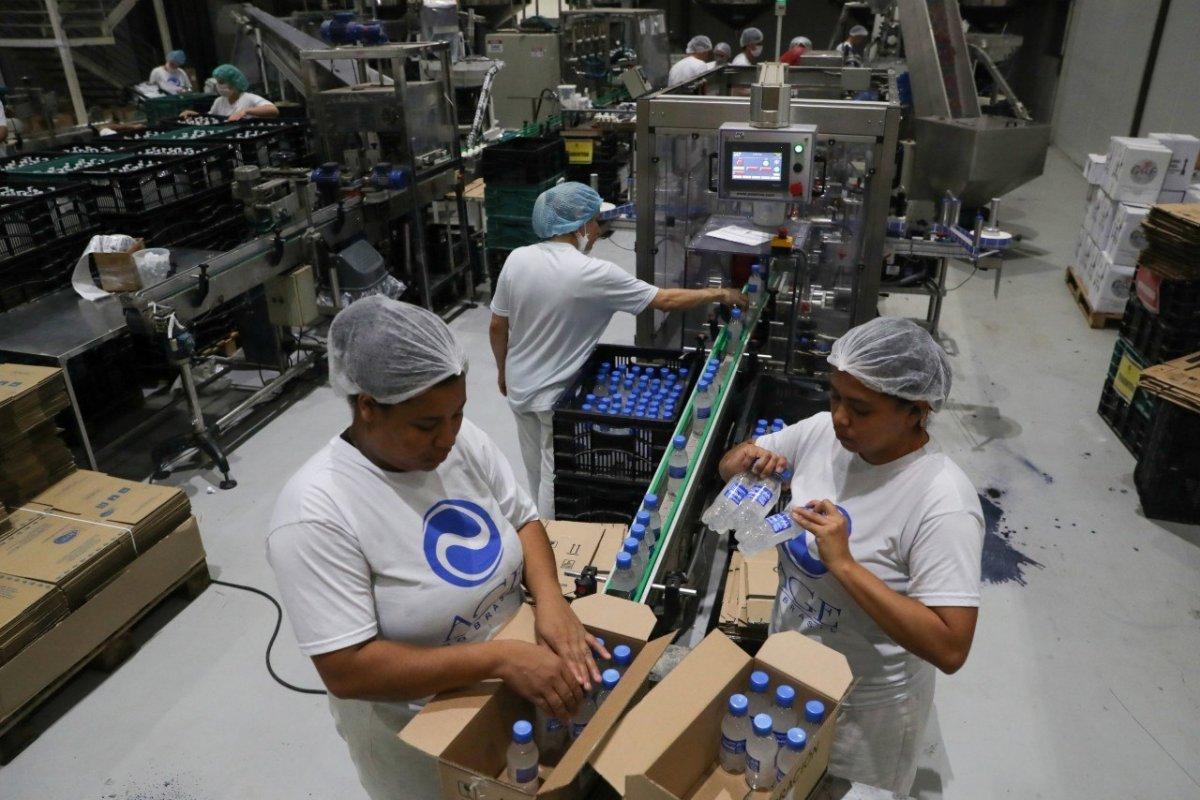 [Confiança da indústria atinge maior patamar desde janeiro, diz FGV]
