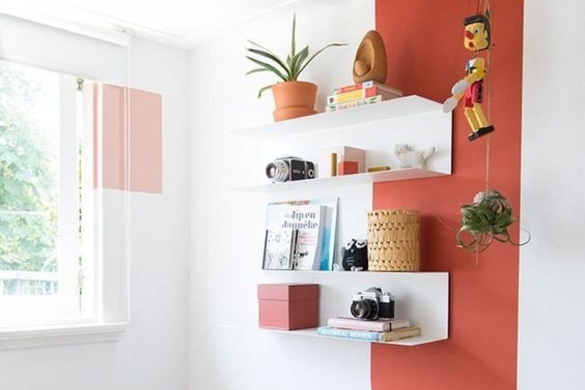 [Aprenda a decorar a casa usando apenas tinta ]