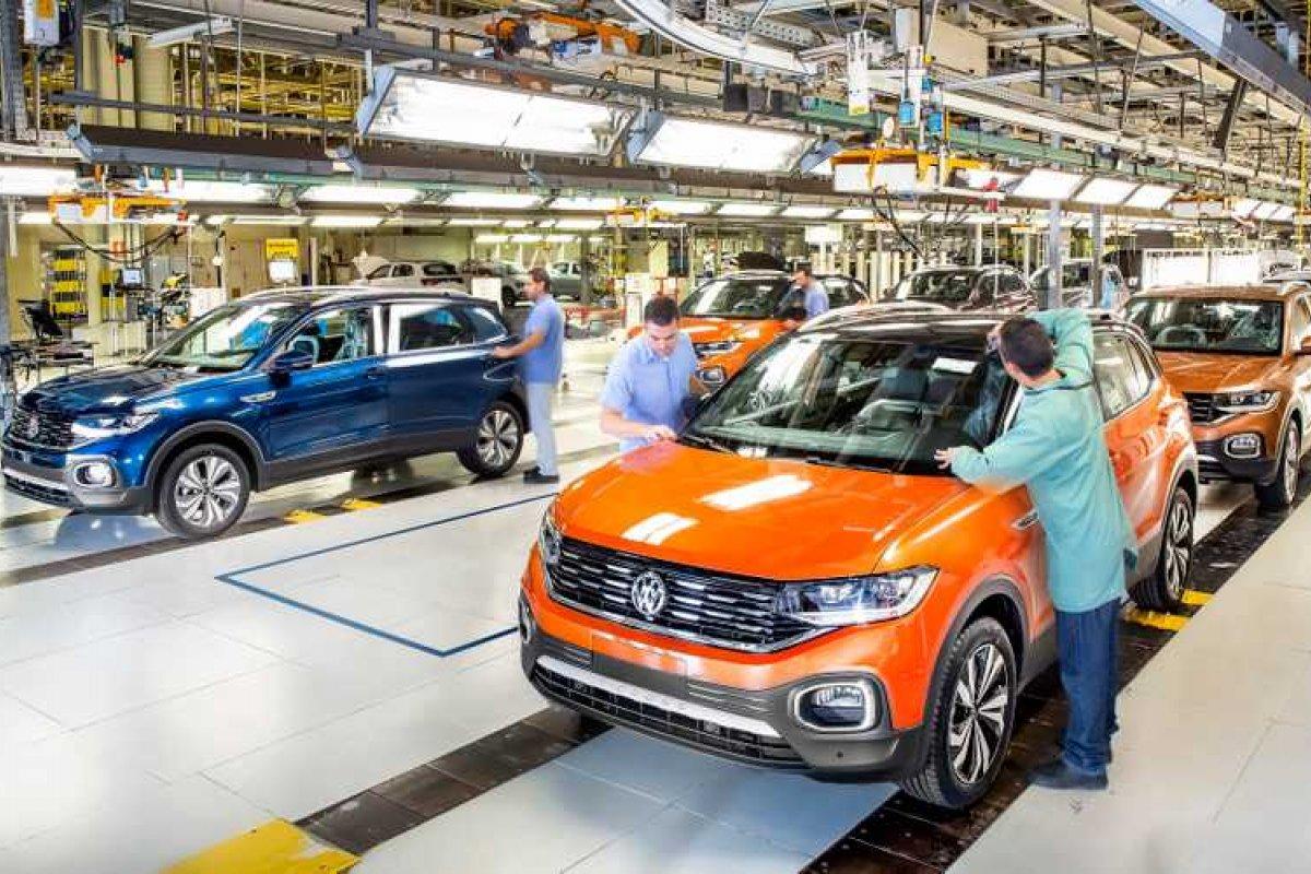 [Volkswagen começa a exportar T-Cross para o México]