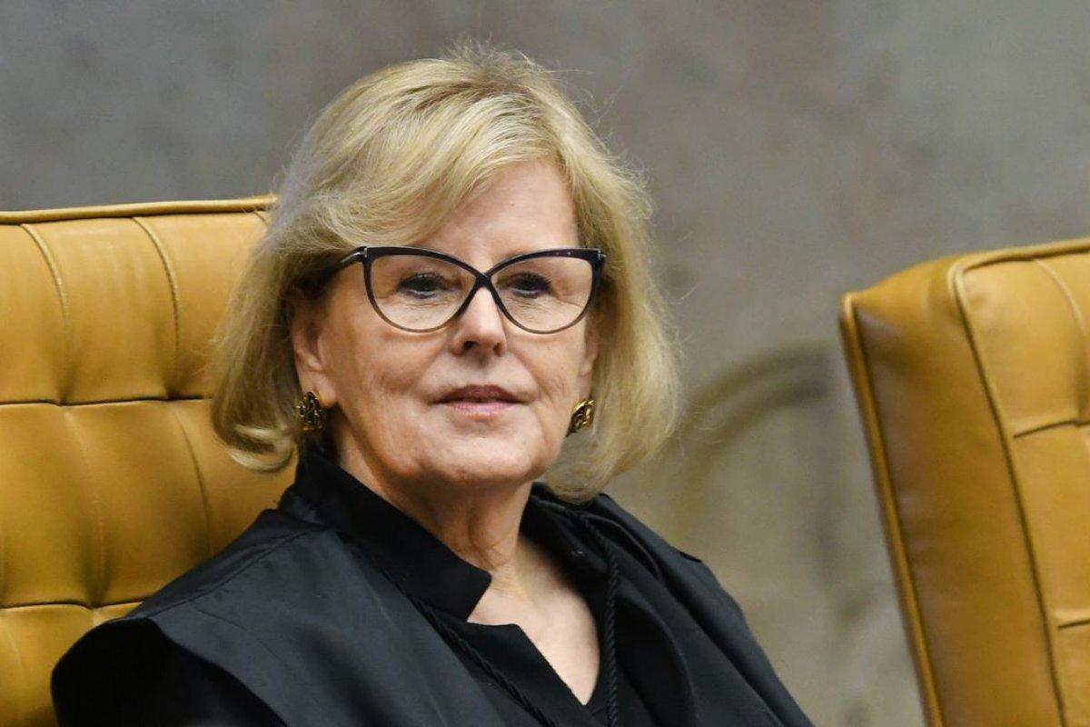 [Rosa Weber suspende MP de Bolsonaro que altera Marco Civil da internet]