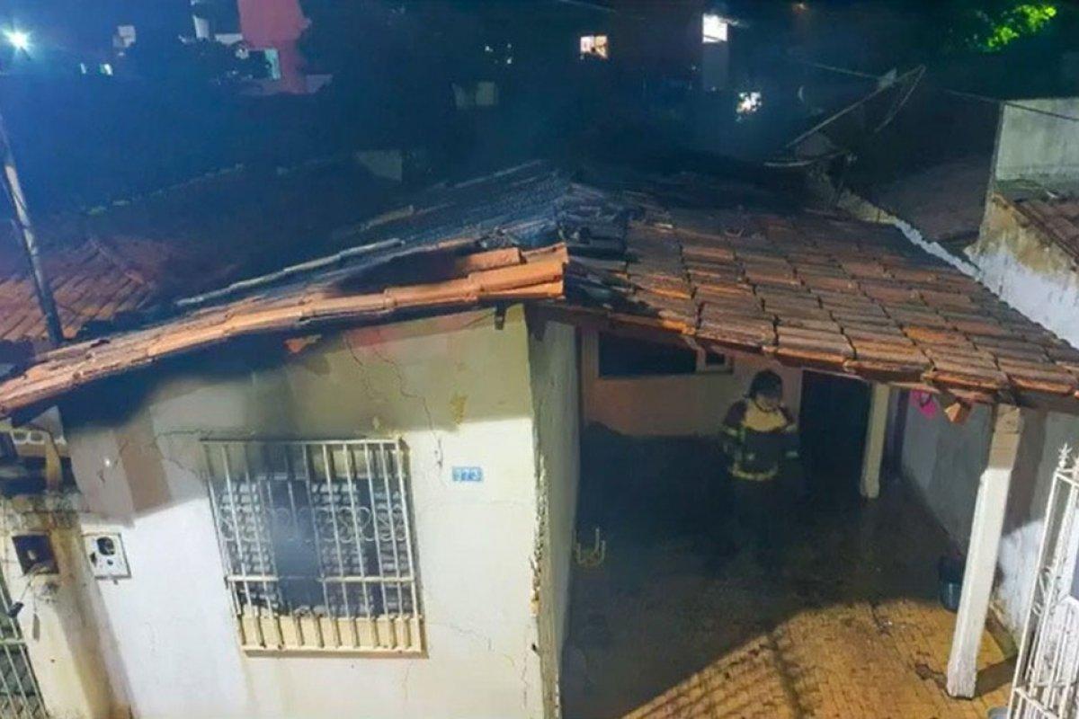 [Incêndio atinge casa em Barreiras, no oeste da Bahia]