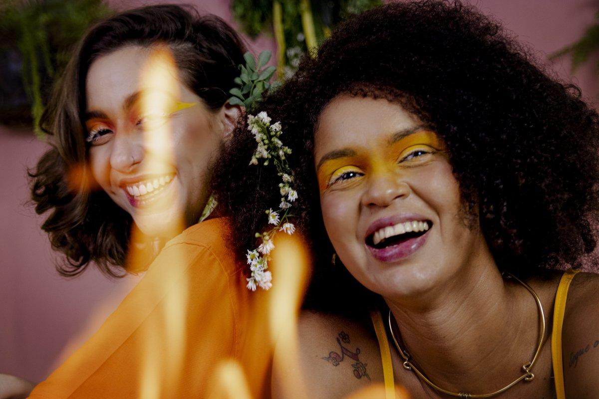 ['Louca por Você': cantoras baianas lançam novo single nas plataformas de streaming]