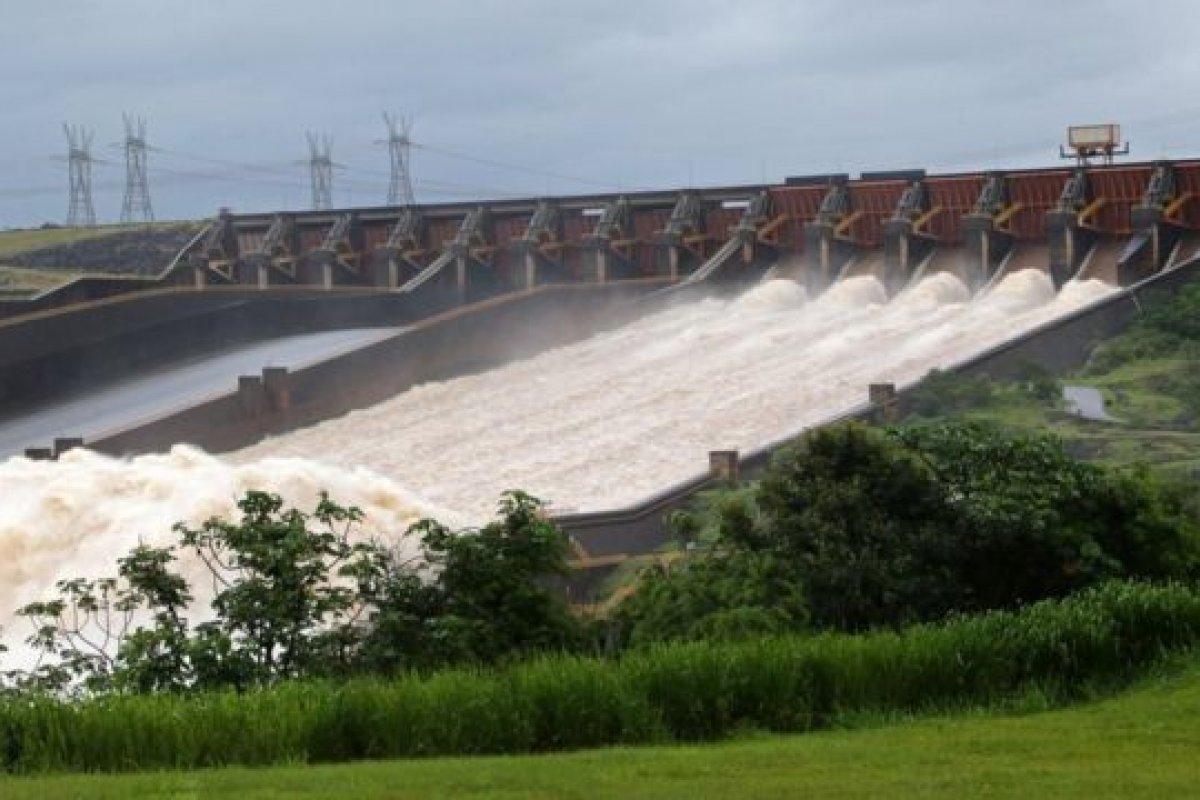 [Sem chuvas, represas das regiões Sudeste e Centro-Oeste já operam abaixo da capacidade]