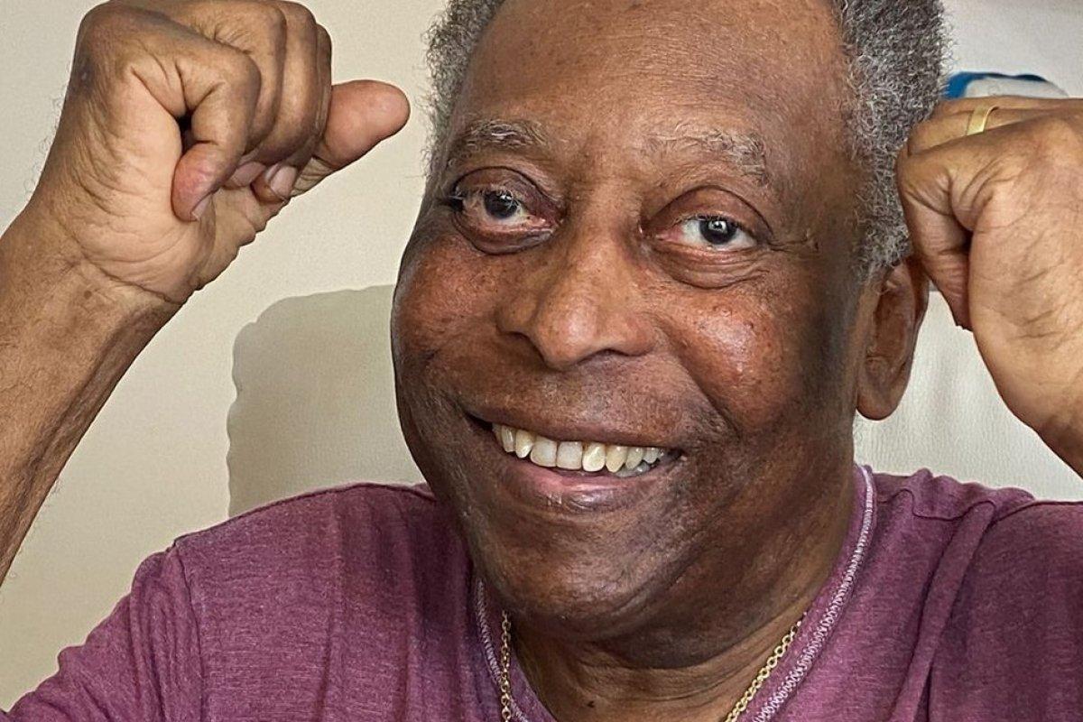 [Pelé tem piora e volta para UTI no Albert Einstein, em São Paulo]