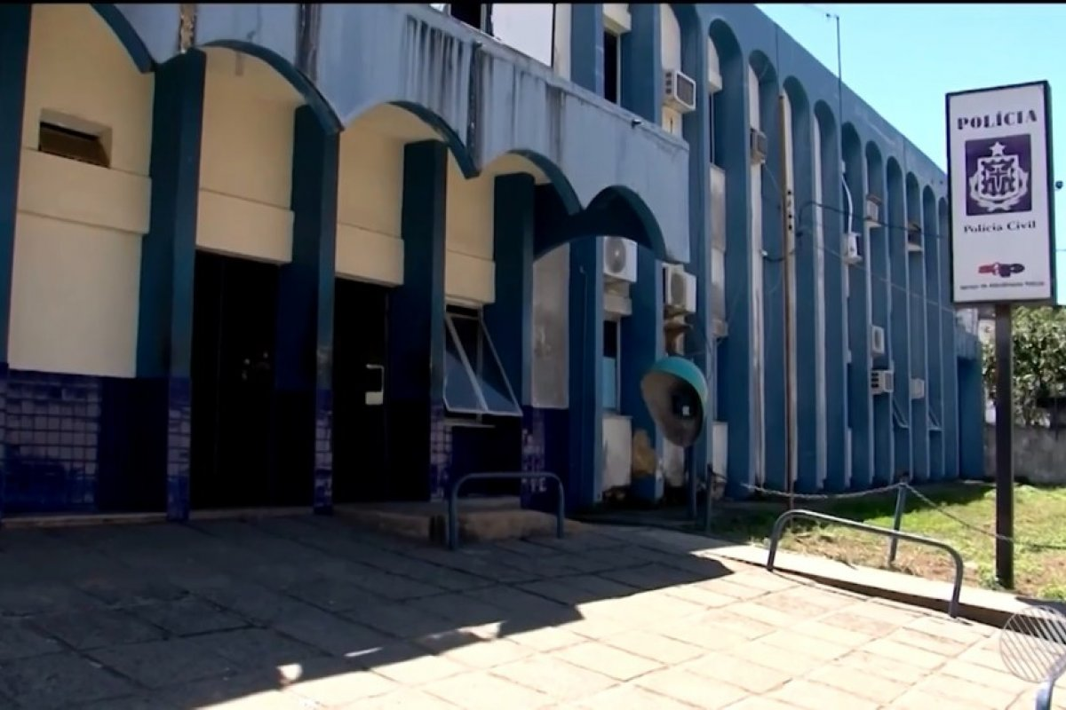 [Morre turista que caiu do terceiro andar de hotel no sul da Bahia]