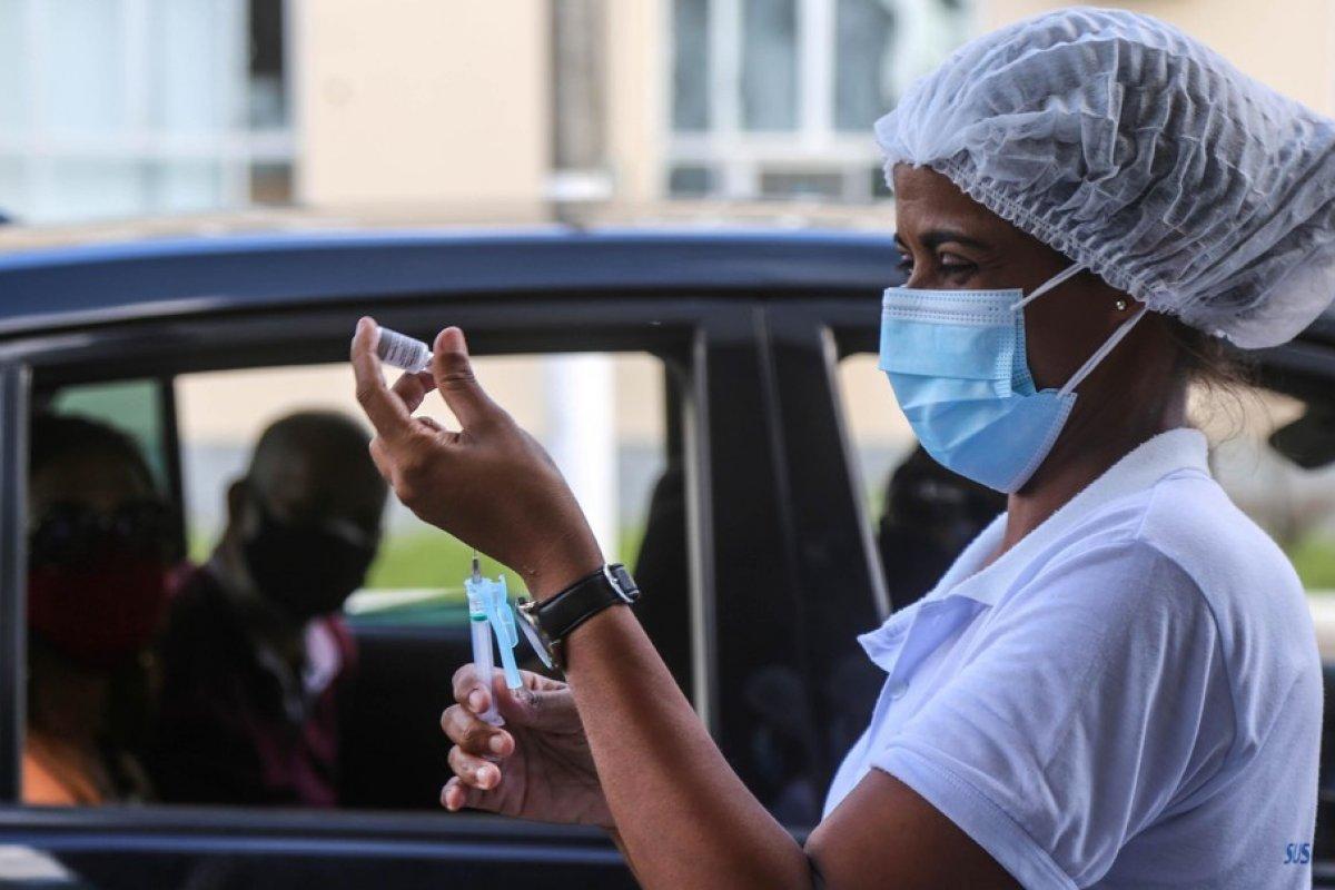 [Covid-19: Bruno Reis anuncia retorno da vacinação para adolescentes de 13 anos ou mais]