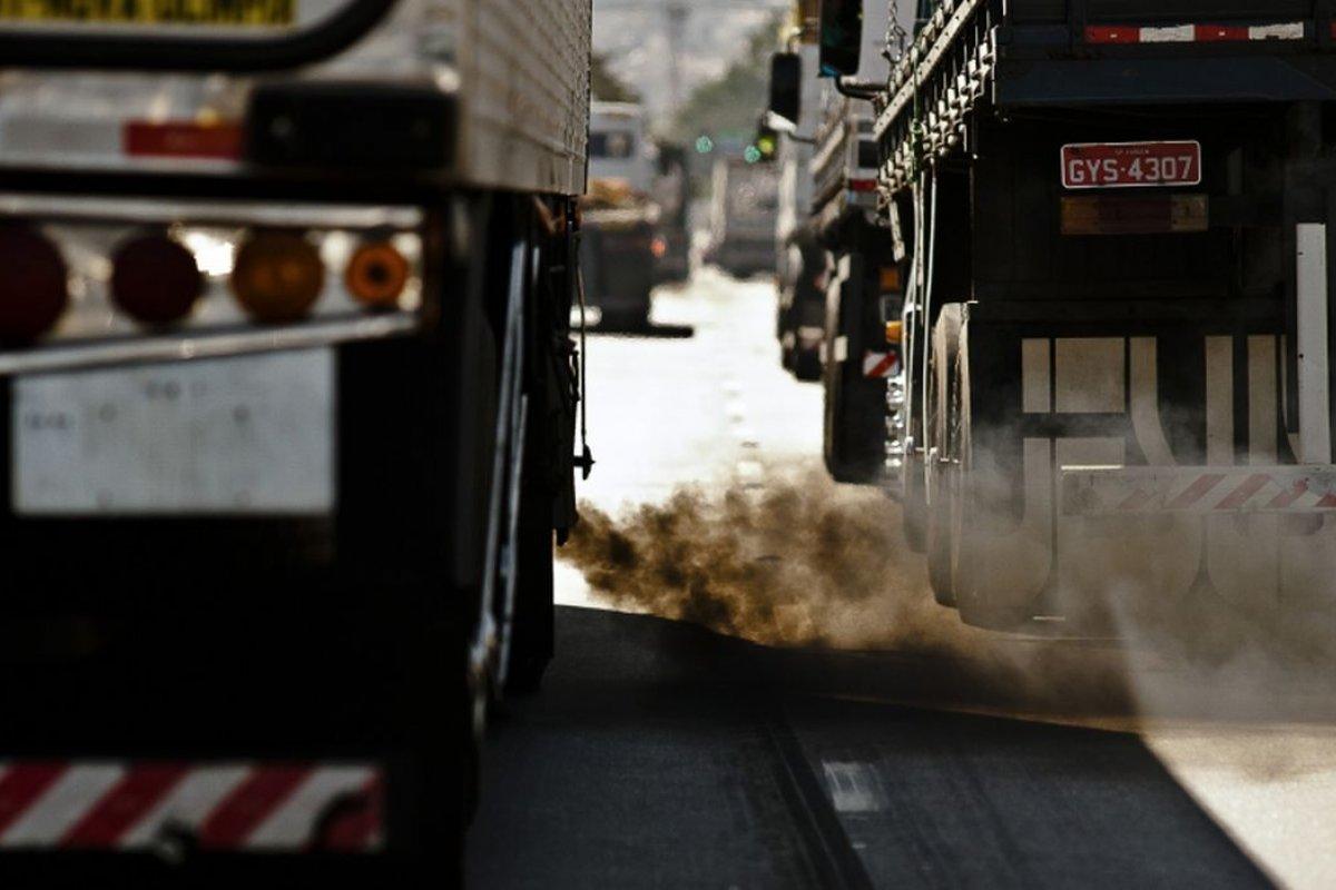[Presidente do Instituto Brasileiro de Transporte Sustentável estima redução de 53% das emissões de carbono até 2050]