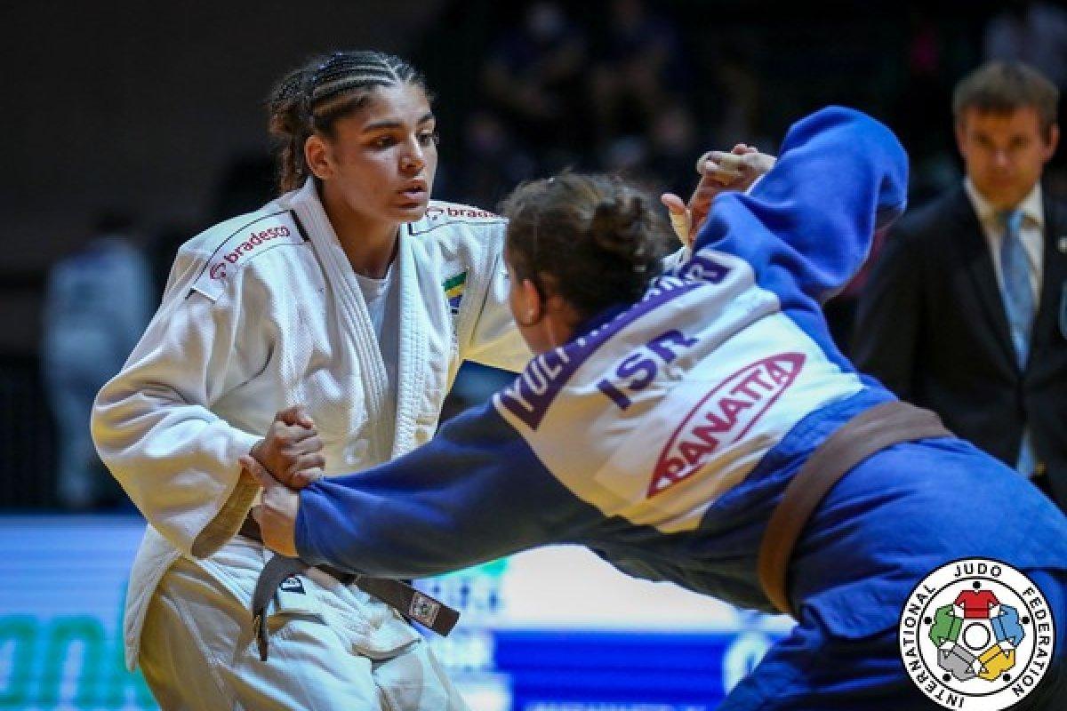 [Eliza Ramos é bronze no Mundial sub-21 de judô]