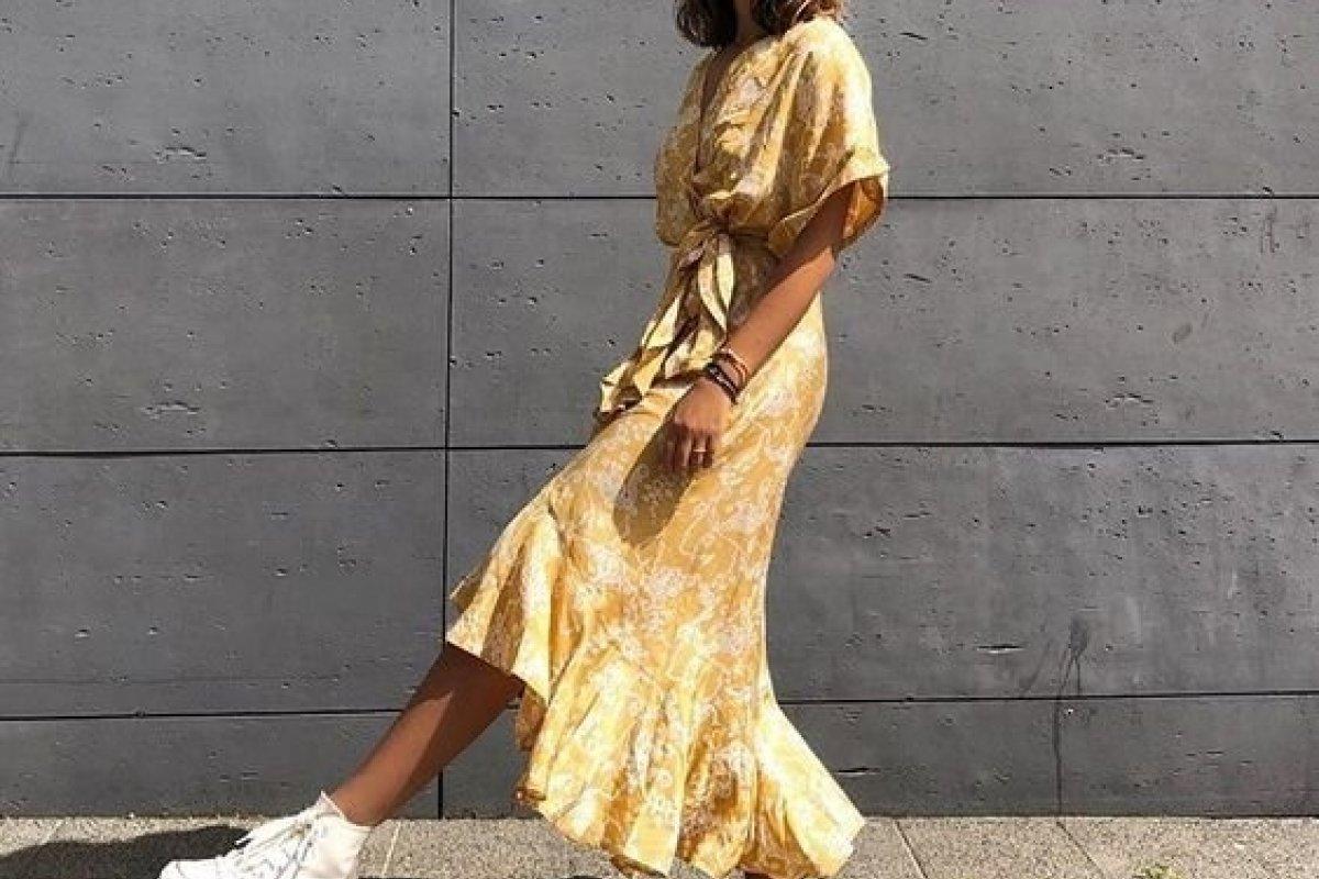 [Vestido + Tênis: A combinação perfeita para seu look]
