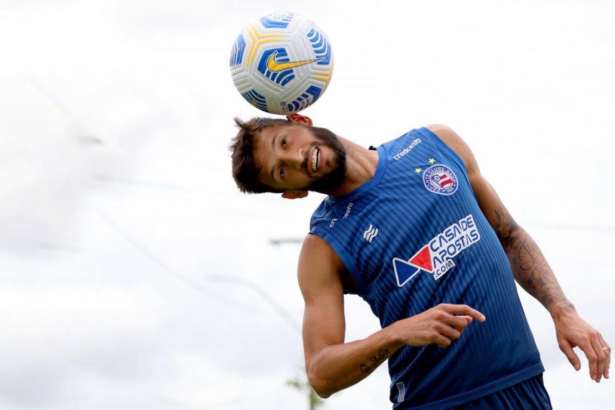 [Na volta da torcida na Fonte, Bahia tentar superar Palmeiras para deixar Z-4]