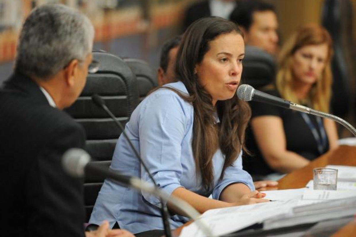 [Neta de Brizola sai em defesa de Ciro Gomes, após críticas de Dilma]