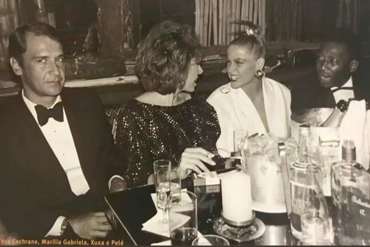 [Marília Gabriela posta foto de jantar com ex-marido, Xuxa e Pelé]
