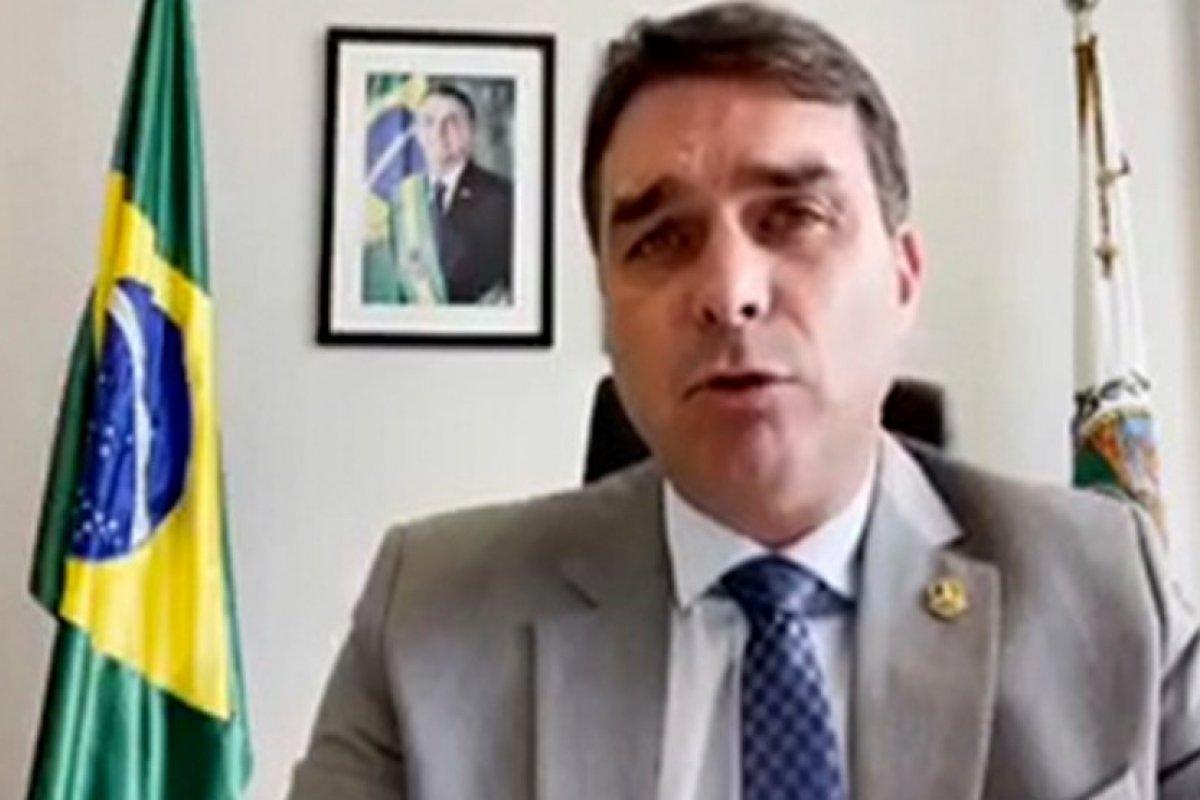 [Vídeo: Flávio Bolsonaro diz que CPI da Pandemia escolheu 'a dedo' pessoas para falar mal do presidente]