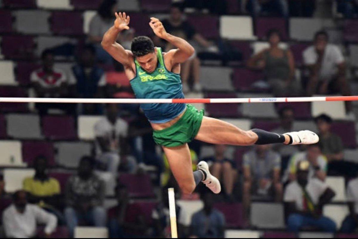 [Thiago Braz termina Mundial de Atletismo de Doha em 5º lugar]