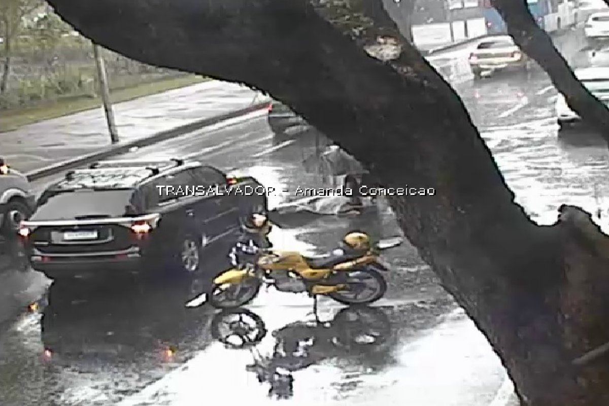 [Acidente deixa uma vítima na Avenida Sete de Setembro, em Salvador]